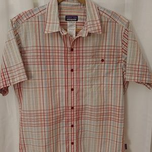 Patagonia- NWOT- M's Medium Puckerware Plaid Shirt